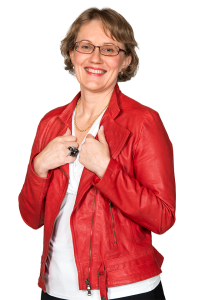 Minna Hakkarainen on asiakaspalvelujohtaja Ilmarisella.